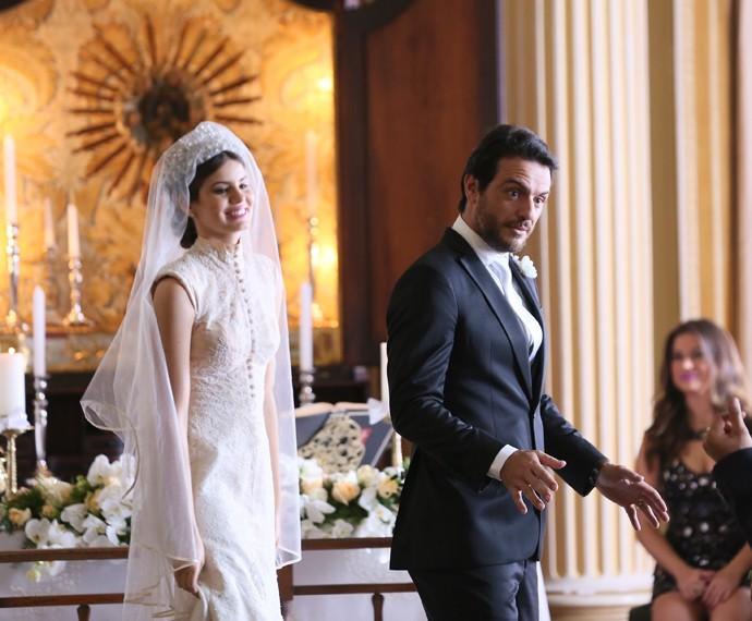 Gravação do casamento de Angel (Camila Queiroz) e Alex (Rodrigo Lombardi), um dos finais possíveis para Verdades Secretas