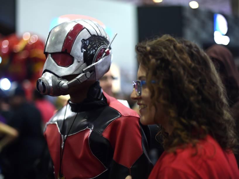 Participantes da Comic Con Experience, maior feira de cultura pop, games e quadrinhos do mundo que está sendo realizada na São Paulo Expo, região sul de São Paulo