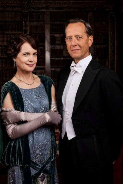 O ator Richard E Grant na pele do personagem Simon Bricker em 'Downton Abbey'