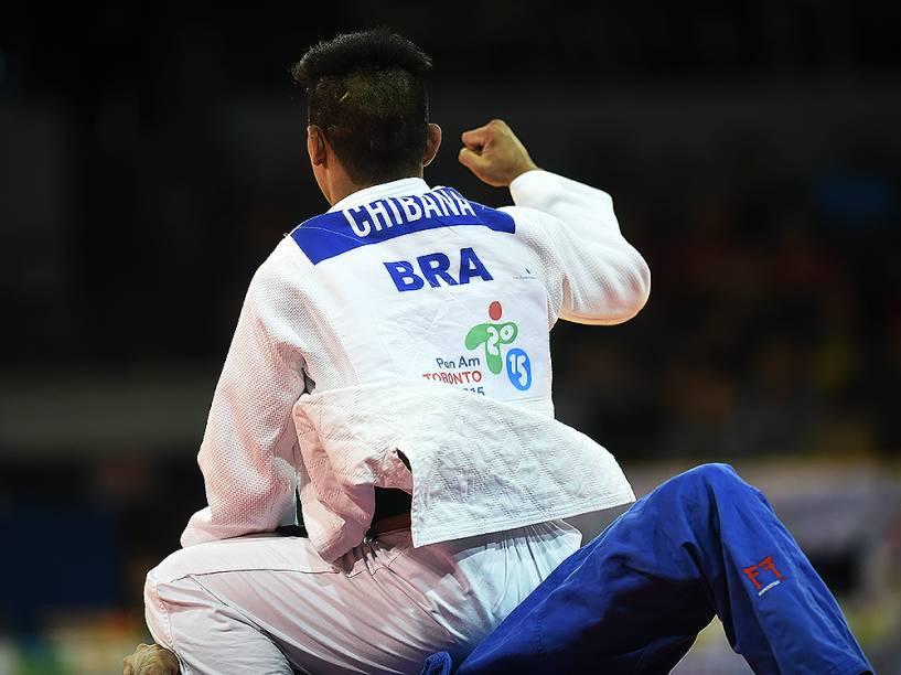 O judoca Charles Chibana leva o segundo ouro do judô do Brasil em Toronto