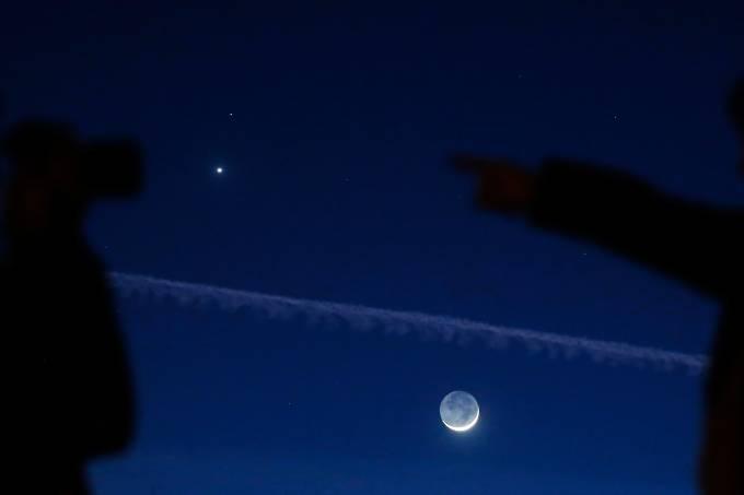 alx_ciencia-espaco-conjuncao-venus-marte-lua-20150220-001_original.jpeg