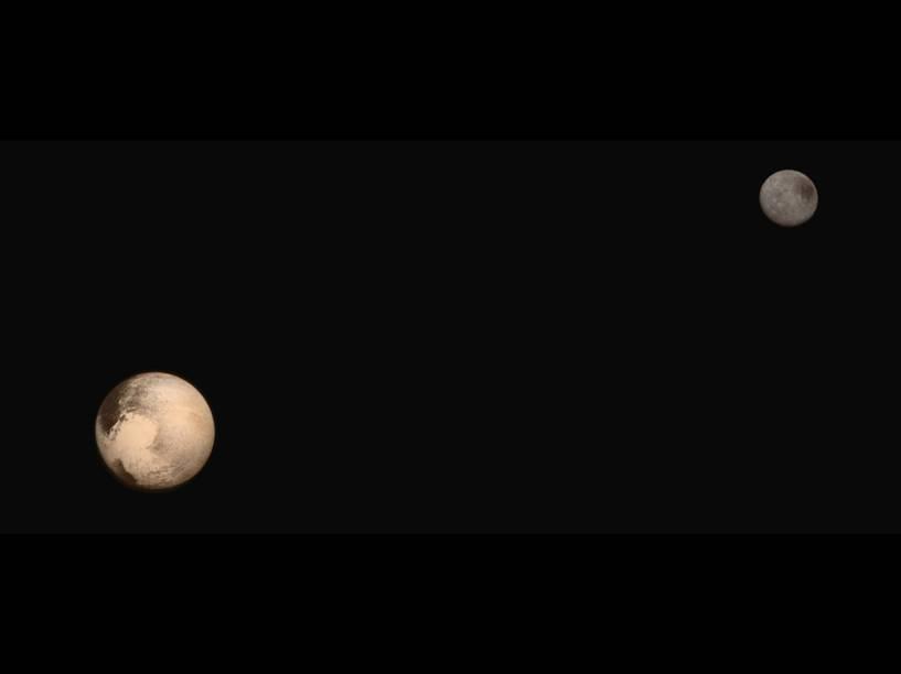 <p>Plutão e sua lua Charon são mostrados em suas cores naturais, em fotos feitas pela missão New Horizons, e divulgadas nesta sexta-feira (24).</p>