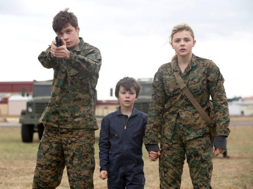 Nick Robinson (Ben Parish), Zackary Arthur (Sam Sullivan) e Chloë Grace Moretz (Cassie Sullivan)