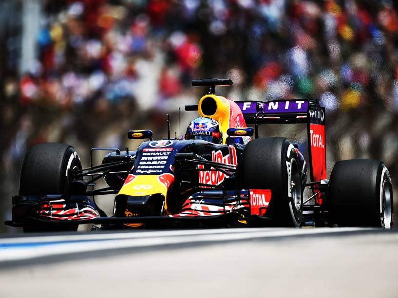 Daniel Ricciardo durante classificatório em Interlagos
