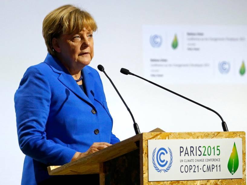<p>A chanceler alemã, Angela Merkel, discursa no primeiro dia da Conferência do Clima de Paris (COP21)</p>