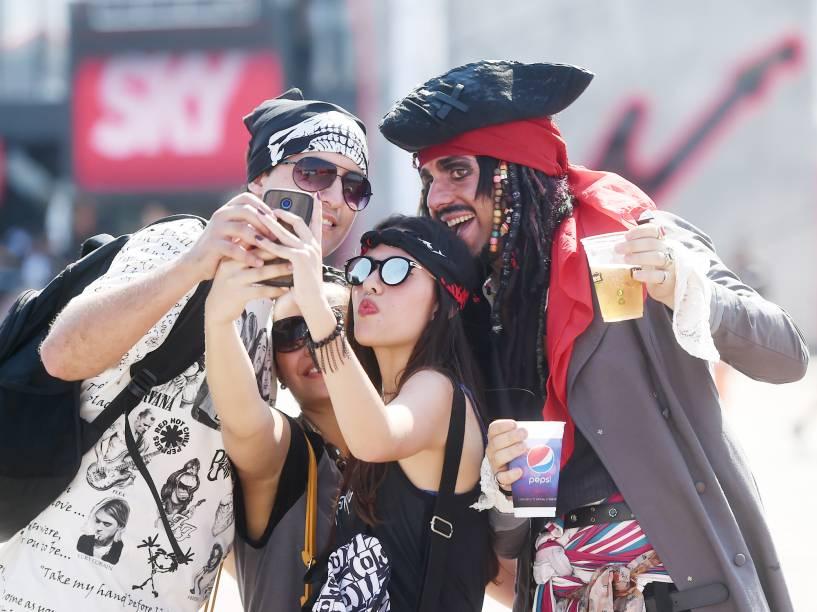 Público chega para o quarto dia de shows do Rock In Rio, em Jacarepaguá na zona oeste do Rio de Janeiro, nesta quinta-feira (24)