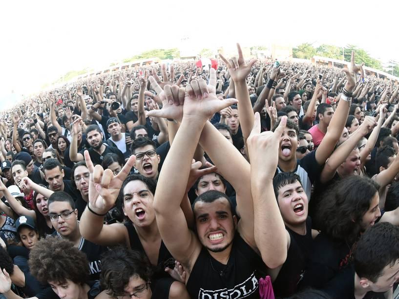 Show do Angra durante o segundo dia do Rock in Rio 2015
