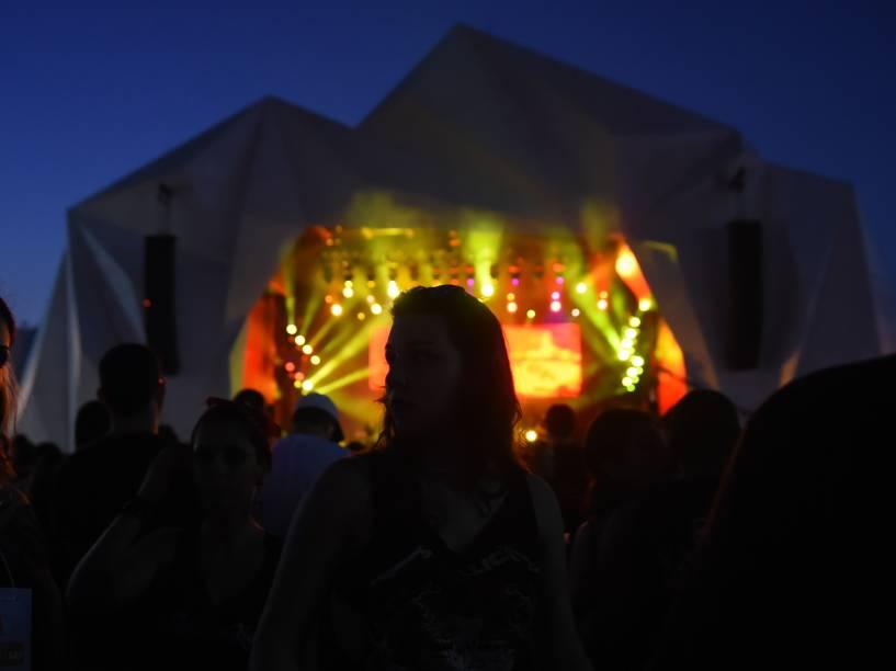 Público durante a apresentação da banda Ministry + Burton C.Bell no segundo dia do Rock in Rio 2015