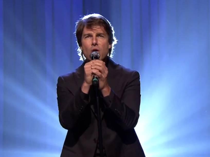 Tom Cruise canta no programa The Tonight Show Starring Jimmy Fallon