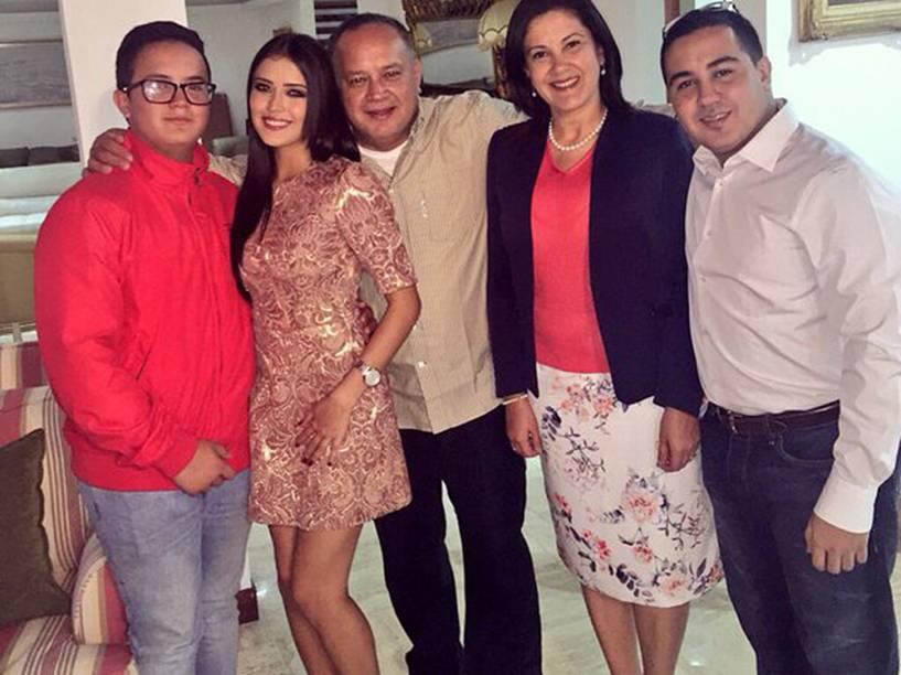 Família Cabello na festa de Ano Novo