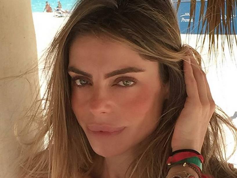 """A """"nova boca"""" de Daniella Cicarelli levantou suspeitas de que ela teria realizado um procedimento estético"""