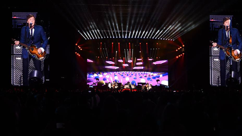 Paul McCartney faz show em São Paulo