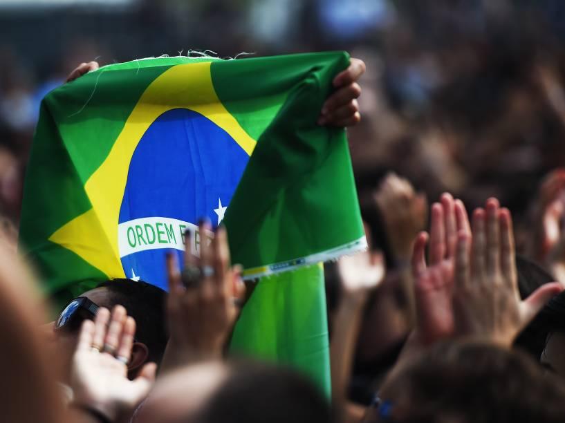 Público durante o primeiro dia do Lollapalooza 2016, em São Paulo