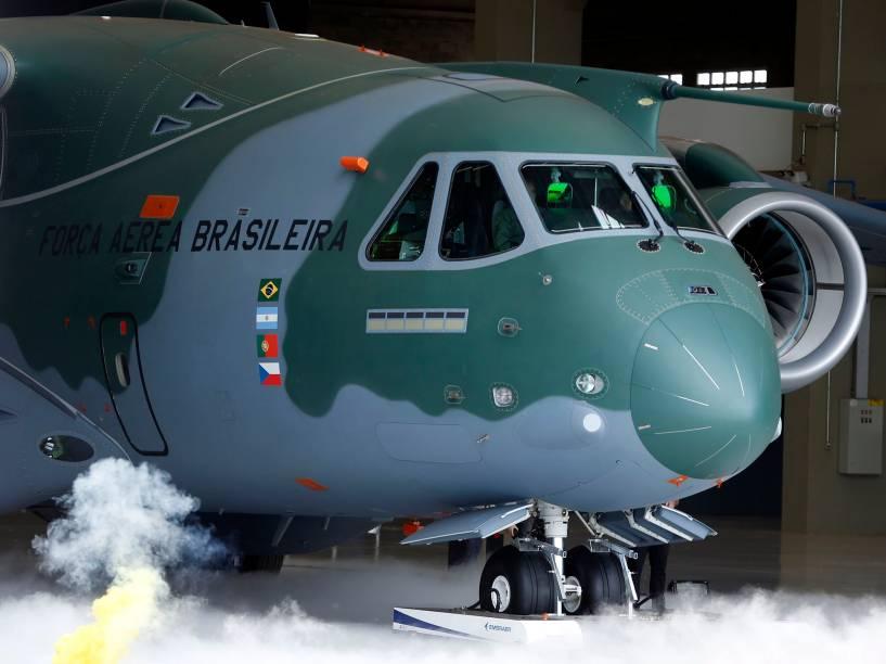 Novo Cargueiro KC-390 apresentado pela Embraer, a maior aeronave desenvolvida e produzida no Brasil