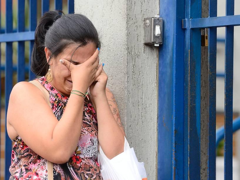 Candidata chora após chegar atrasada e perder a prova do Enem em São Paulo