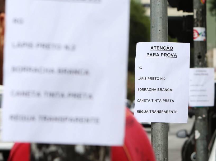 Orientações para os candidatos no primeiro dia de provas do Enem no Mackenzie, em São Paulo