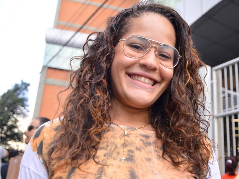"""""""Acho que estão dificultando o Enem a cada ano"""", diz Gabriela Moreira de Oliveira, de 20 anos, que realizou a prova em São Paulo"""