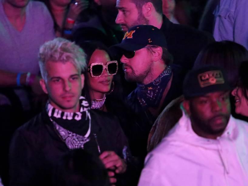 <p>A cantora Rihanna e ator Leonardo DiCaprio vistos juntos durante evento na Califórnia - 16/04/2016</p>