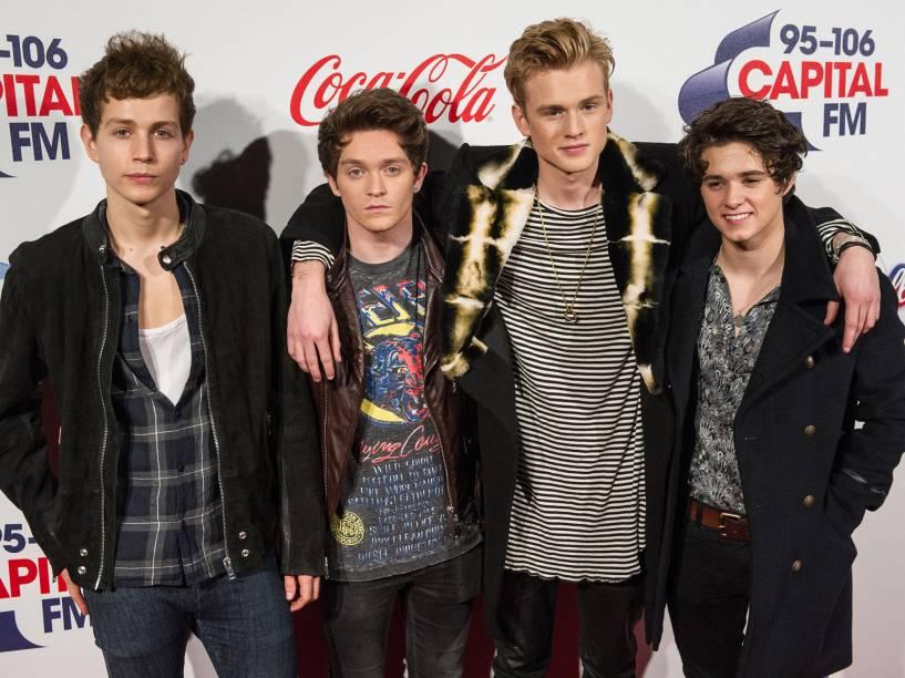 A banda The Vamps, durante sessão de fotos no O2 Arena, em Londres - 06/12/2015