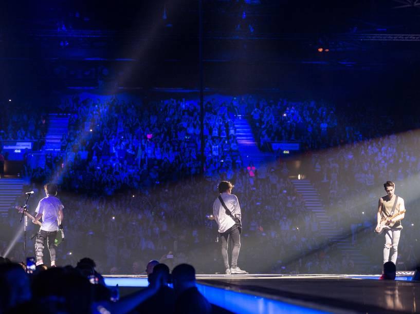A banda The Vamps, durante apresentação no Genting Arena, em Birmingham, na Inglaterra - 25/03/2016