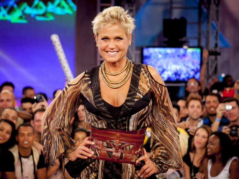A apresentadora durante o programa TV Xuxa, da Rede Globo - 2013