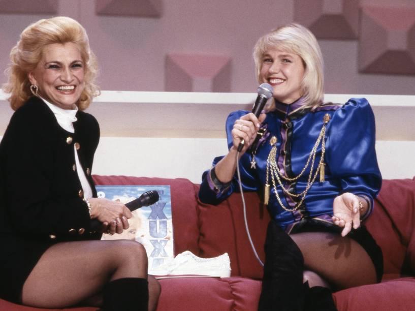 Xuxa no programa da amiga e apresentadora Hebe Camargo, em 1989
