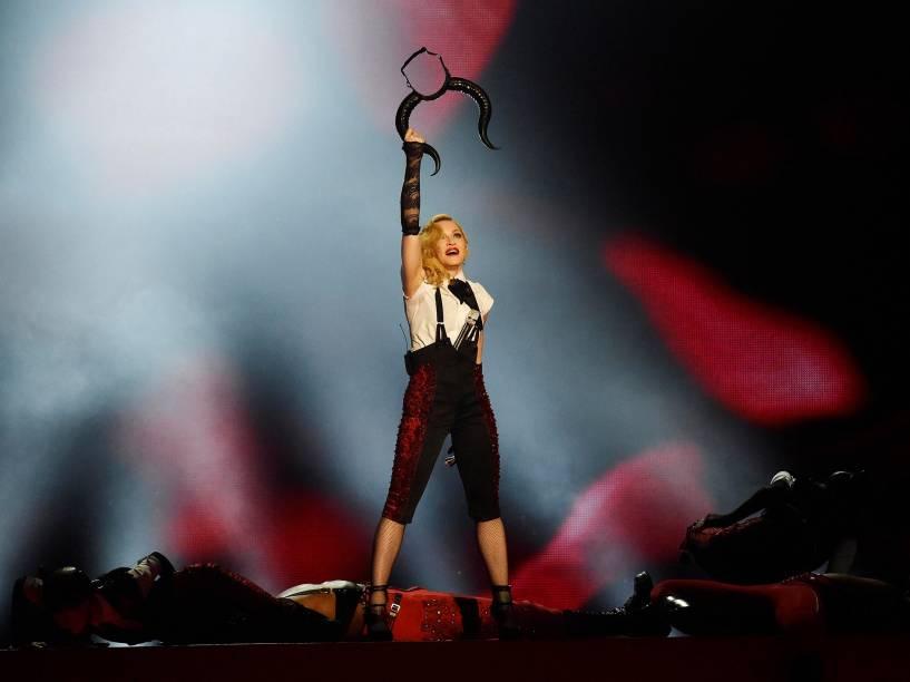 Madonna se apresenta durante o Brit Awards 2015 na O2 Arena em Londres - 25/02/2015