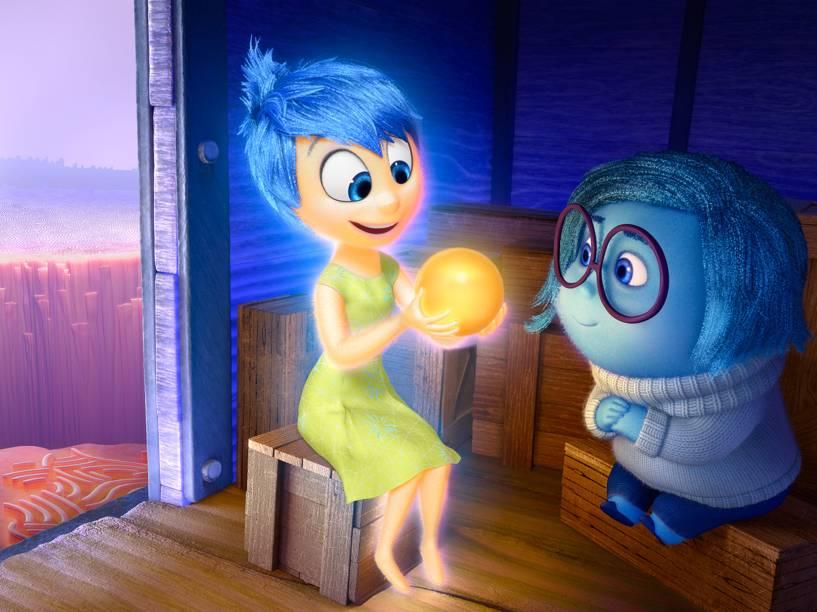 Alegria e Tristeza no filme Divertida Mente, nova animação da Pixar