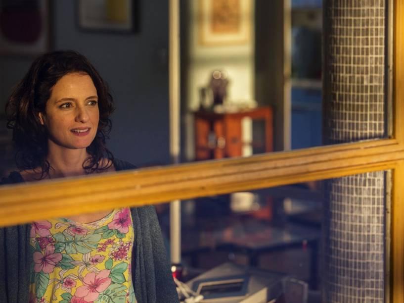 Ana Lúcia (Denise Fraga), em cena do filme De Onde Eu Te Vejo, dirigido por Luiz Villaça