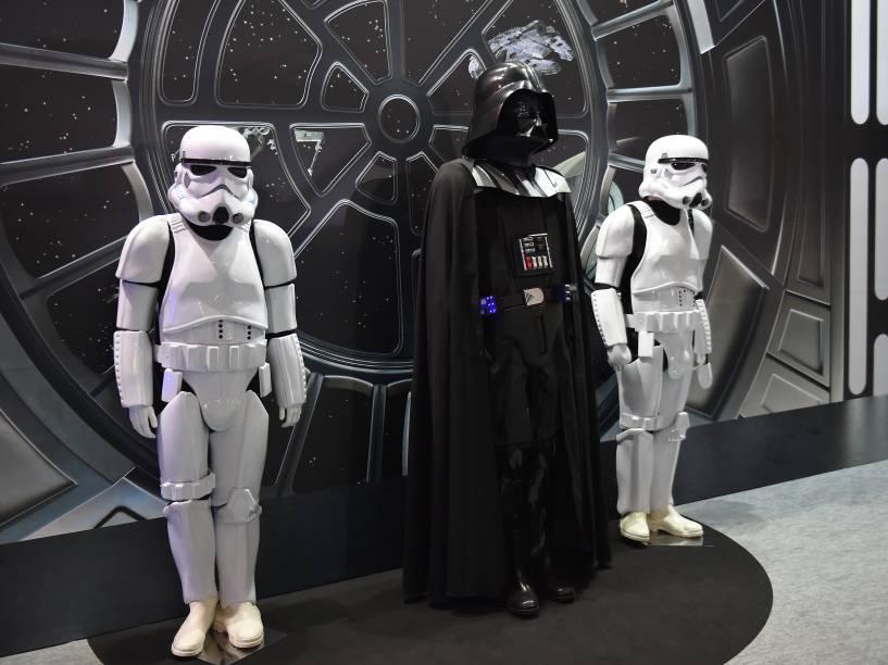 Estande do filme Star Wars mostra réplicas dos personagens durante a Comic Con Experience 2014 em São Paulo