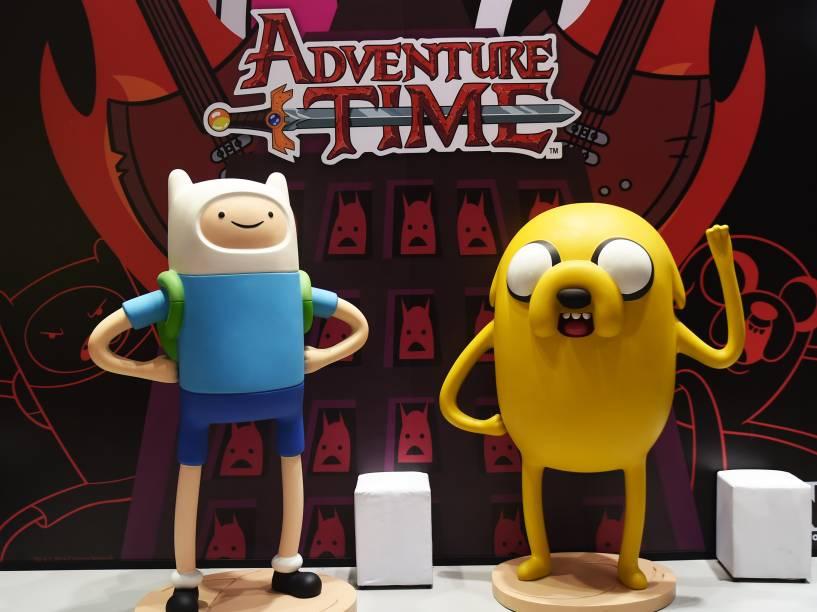 Réplicas dos personagens do desenho A Hora da Aventura são vistos durante a Comic Con Experience 2014, em São Paulo