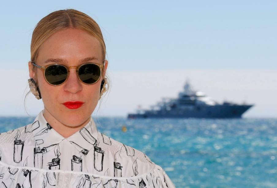 """Atriz Chloe Sevigny posa para fotógrafos durante evento de Cannes, festival internacional de cinema, em que concorre com seu filme """"Kitty"""" - 19/05/2016"""