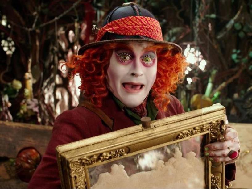 Chapeleiro (Johnny Depp), em Alice Através do Espelho