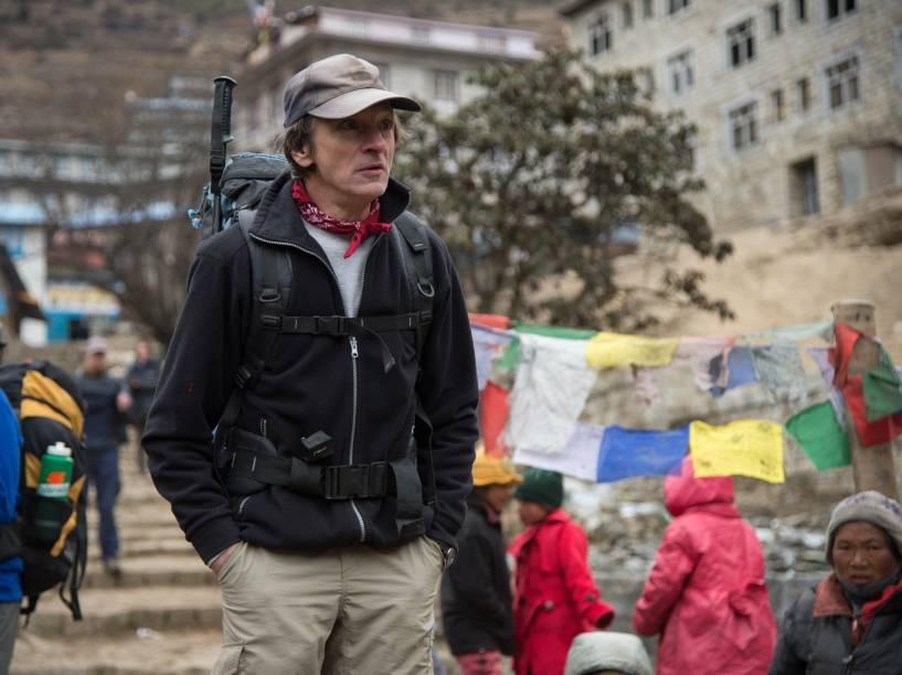 O ator John Hawkes no filme Evereste
