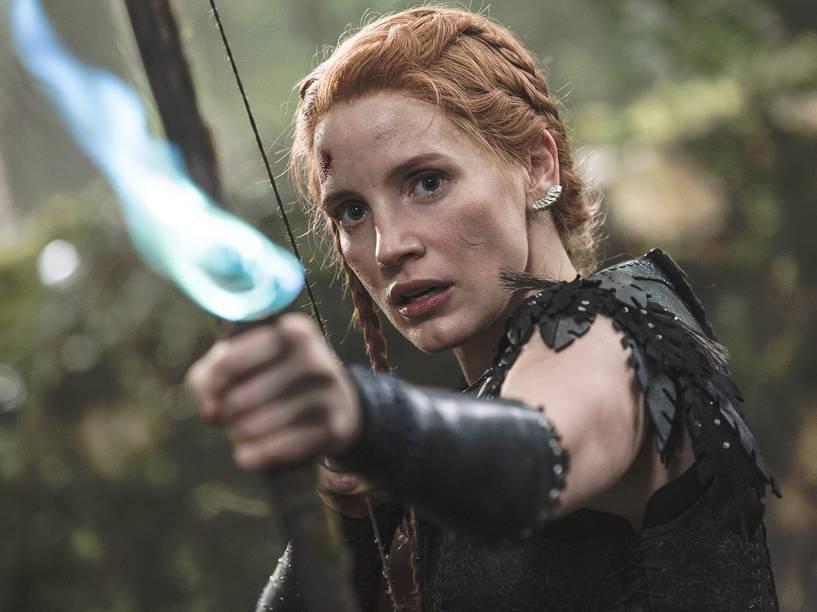 Sara (Jessica Chastain) em cena do filme O Caçador e a Rainha do Gelo