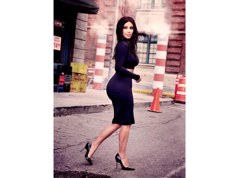 Modelo da coleção Kim Kardashian para a CeA