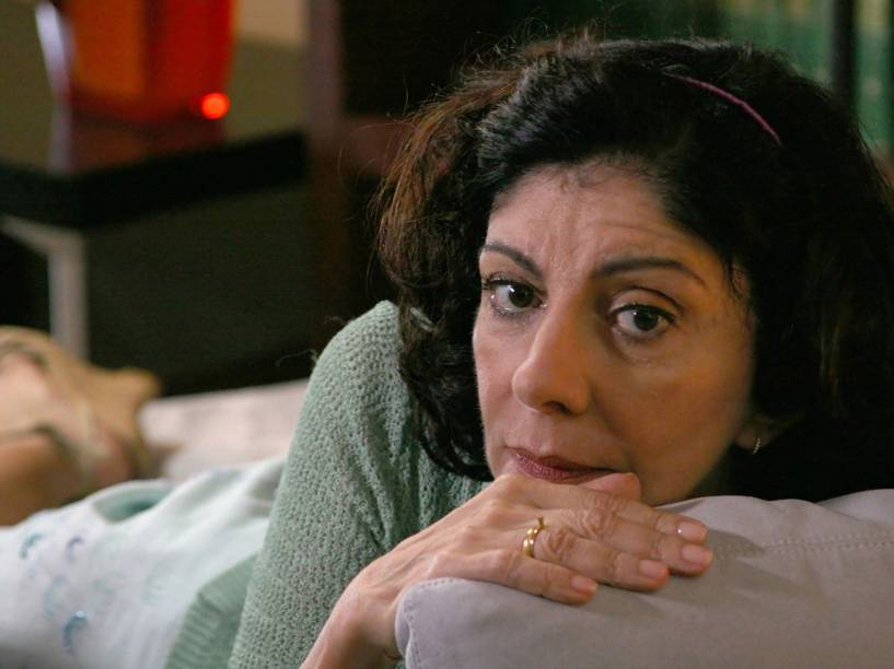 Marília Pêra no filme Polaróides Urbanas, de Miguel Falabella em 2008