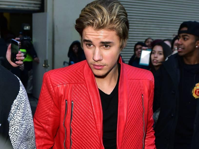 <p>Justin Bieber chega para conferir o desfile de Kanye West em parceria com a Adidas Originals durante a New York Fashion Week</p>