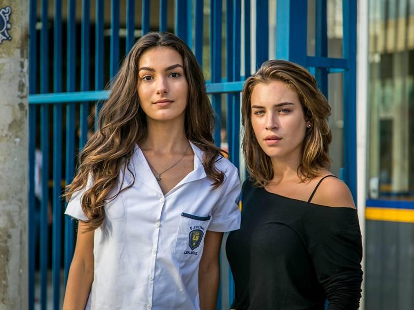 Luciana (Marina Moschen) e Flávia (Marcela Fetter), em capítulo da novela Totalmente Demais