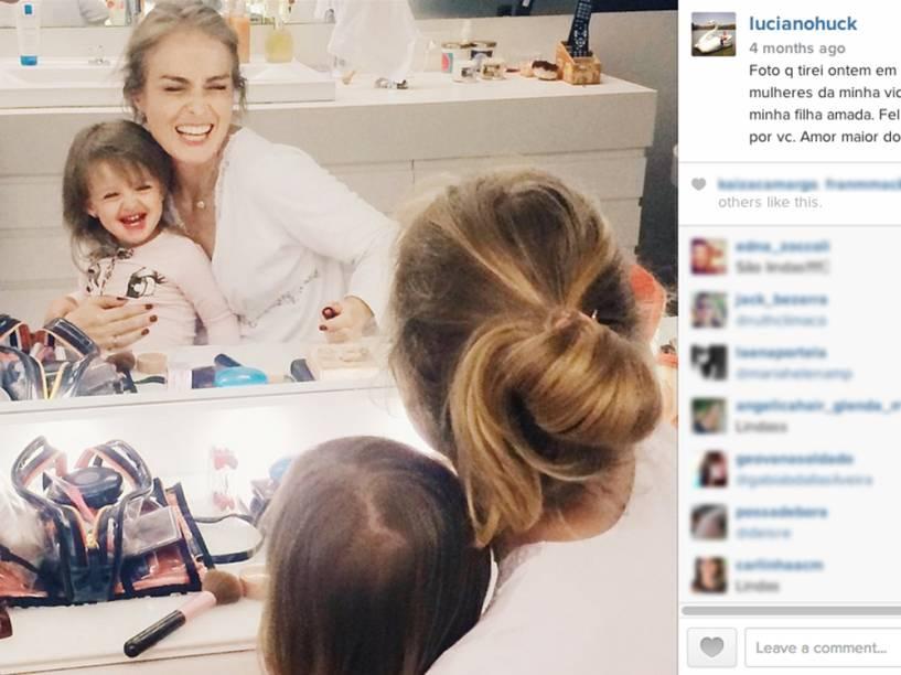 O apresentador Luciano Huck posta foto da mulher, Angélica com a filha do casal, Eva - 2014