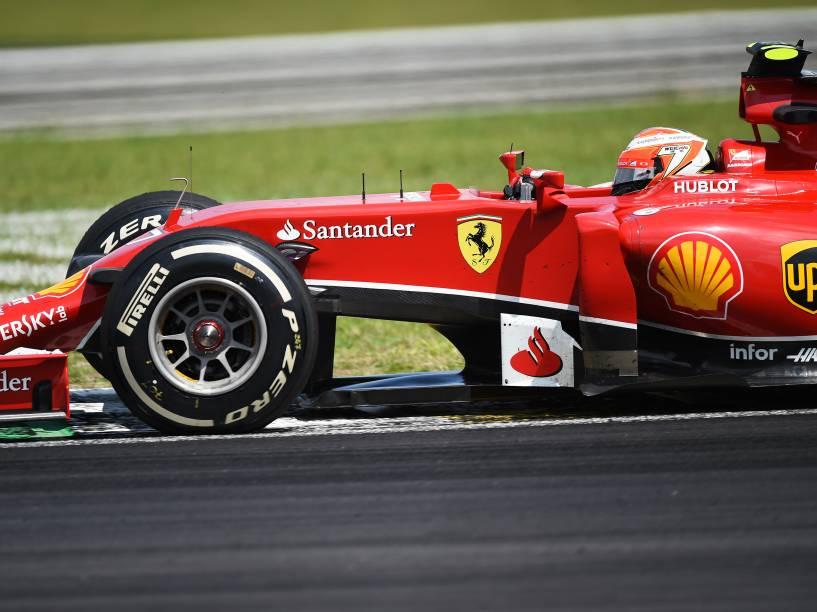 Kimi Raikkonen da Ferrari no GP Brasil de Fórmula 1