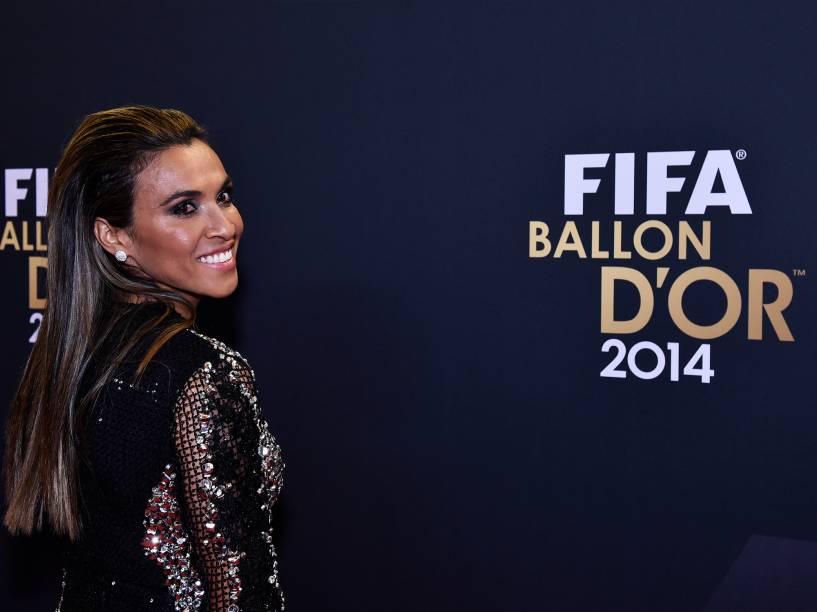 A brasileira Marta, durante o tapete vermelho da Bola de Ouro 2015, em Zurique