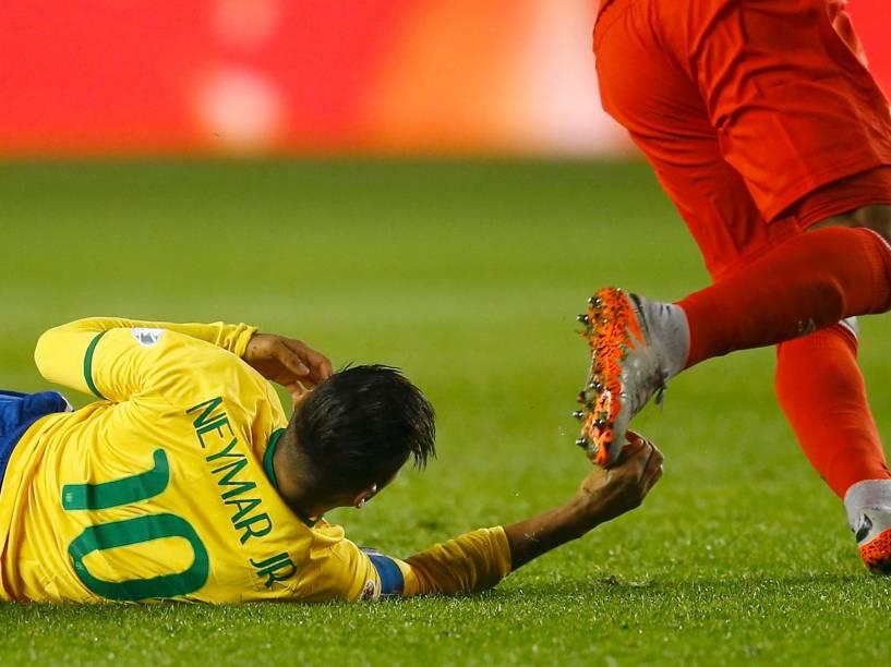 Neymar na partida contra o Peru na estreia da seleção brasileira na Copa América