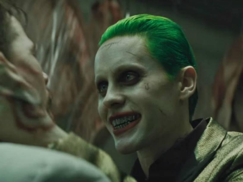 Jared Leto interpreta o vilão Coringa em Esquadrão Suicida