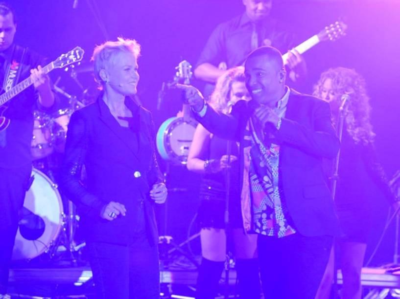 A estreia de Xuxa contou com apresentação de Alexandre Pires