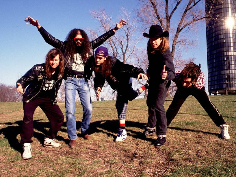 A banda Faith no More nos anos 1990