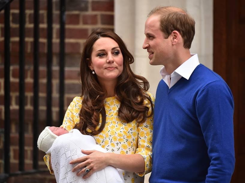 William e Kate deixam hospital após nascimento do segundo filho