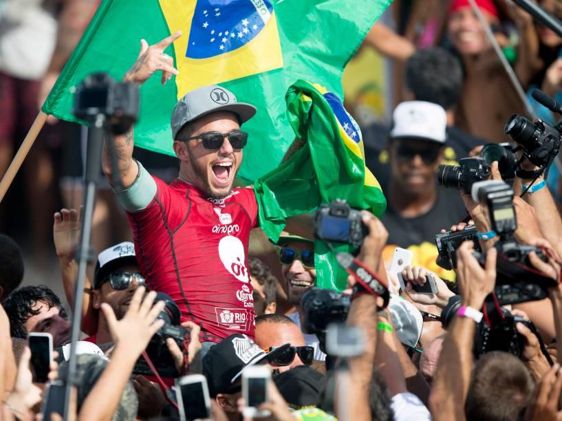 Filipe Toledo vence o Rio Pro 2015, etapa brasileira do Circuito Mundial de Surf
