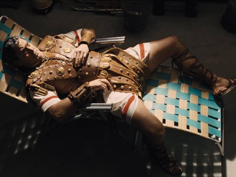George Clooney interpreta Baird Whitlock no filme Ave, César!<br><br>