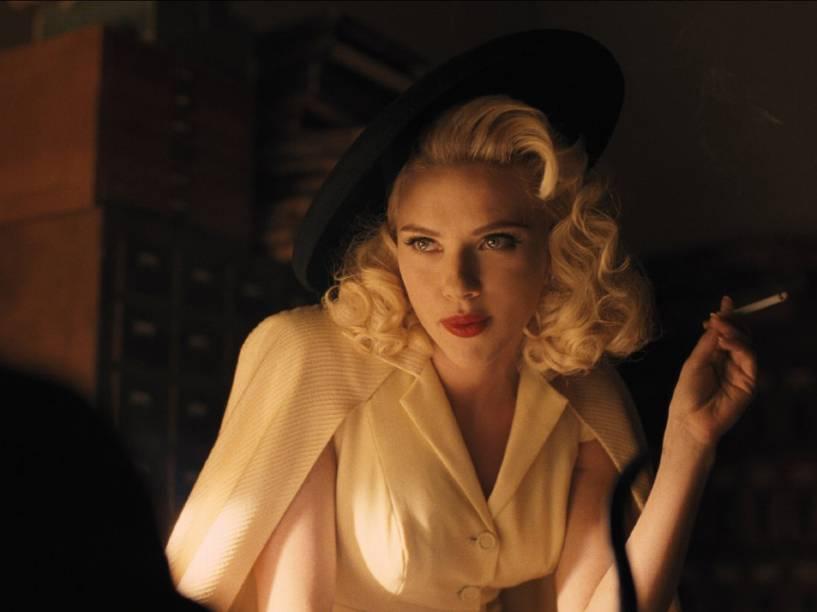 Cena do filme Ave, César!, em que Scarlett Johansson interpreta uma fatal estrela de cinema dos anos 1950